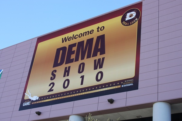 DEMA Show 2010: The Show Survival Guide dema show  Twitter Trade News Survival Guide spearfishing scuba diving freediving Diving Trade Show dema Conference