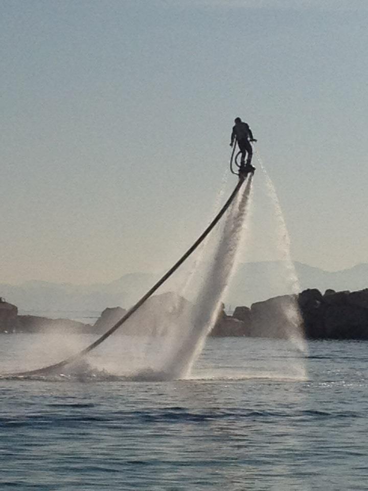 "Zapata Racing introduces a ""Human Dolphin"" watercraft 2"