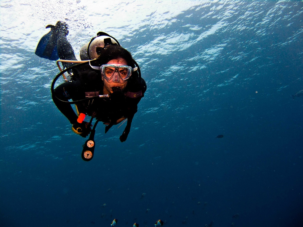 7 Questions to Ask a Scuba Diving Instructor | DeeperBlue.com