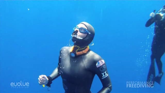 Ashley Futral Chapman is Officially the Deepest (unassisted) Woman in the World 2