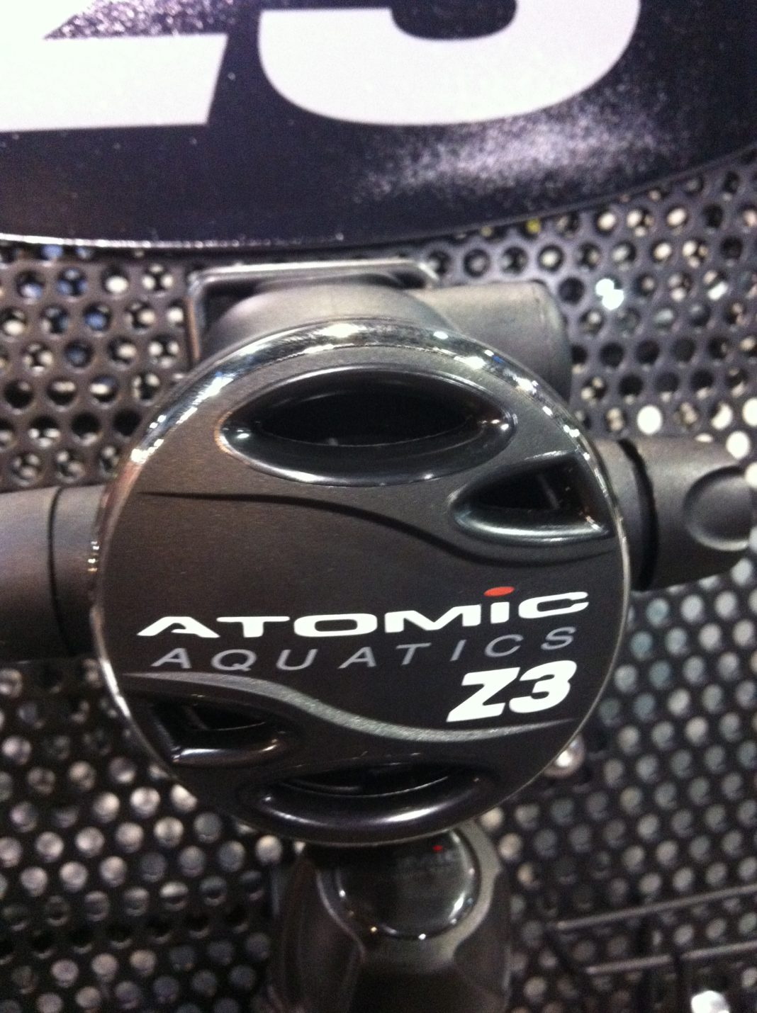 DEMA Show 2012: Atomic Aquatics Unveils New Z3 Regulator For Budget Divers 3