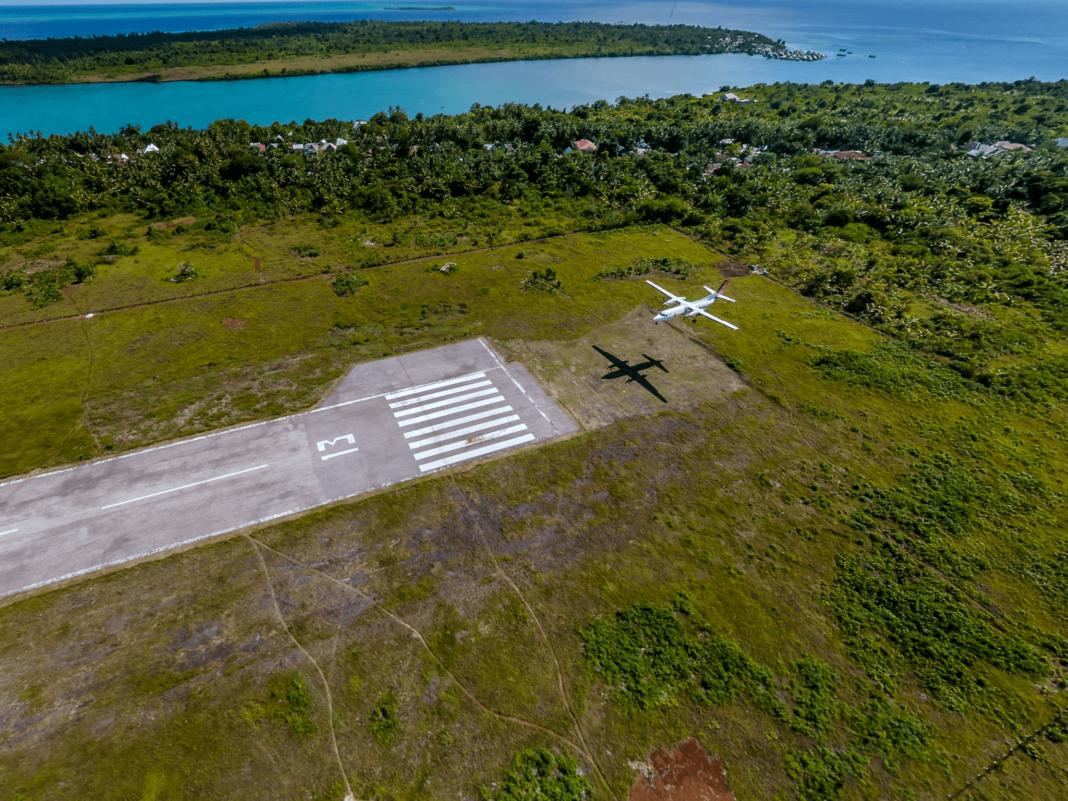 Wakatobi airstip opens 1