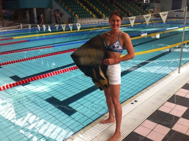 Rebecca Coales Takes UK Freediving Record freediving competition records  uk freediving rebecca coales freediving records dynamic with fins DYN