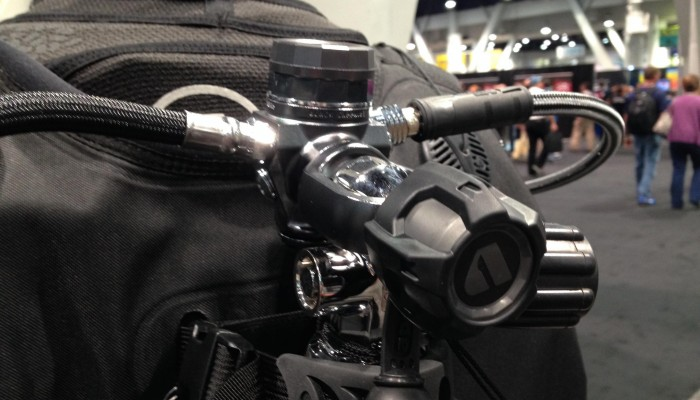 Apeks Aqua Lung Showcases Limited-Edition XTX200 Regulator 2