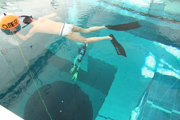 Y-40 - Freediver and Scuba Diver