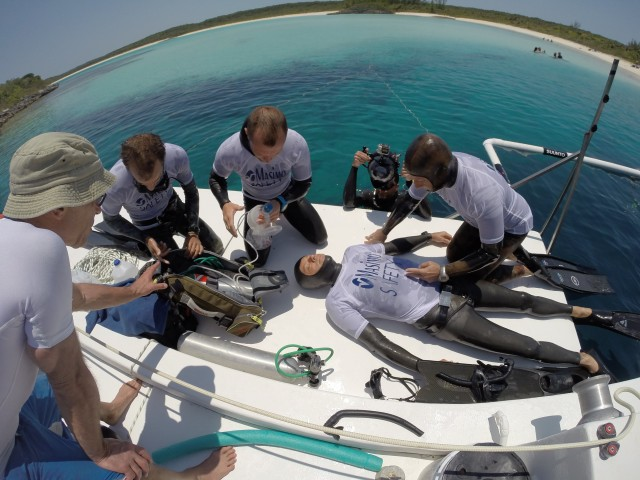 safety team freediving competition