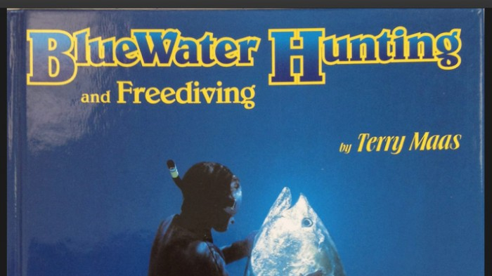 Terry Maas BlueWater Hunting and Freediving Book Cover