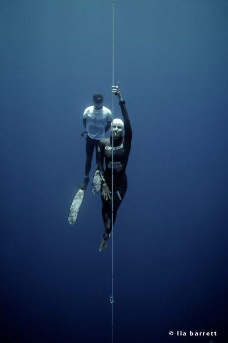 Estrella Navarro Breaks 3 National Freediving Records