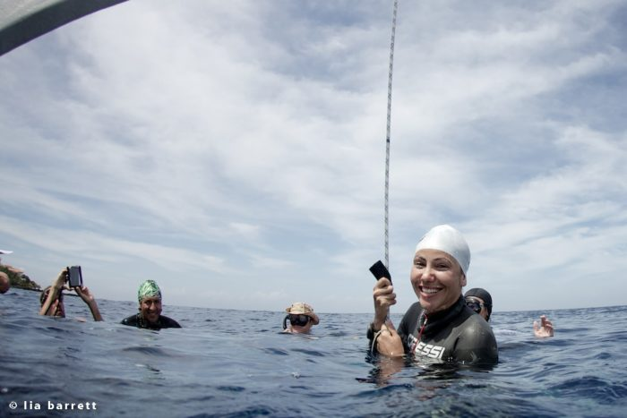 Estrella Navarro (Mexico) Surfacing after a 51m CNF National Record