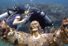 Couple Gets Married At Legendary Florida Keys Dive Site