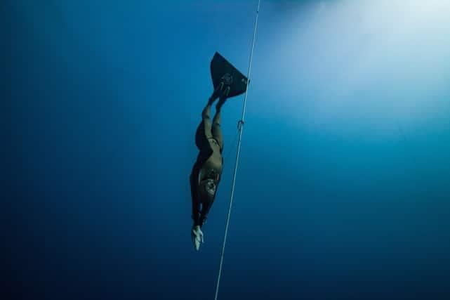 Natalia Molchanova Descending In Perfect Form - Photo By Daan Verhoeven