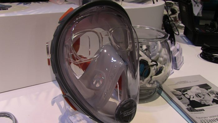 OceanReef's Aria Full-Face Mask with Prescription lens insert