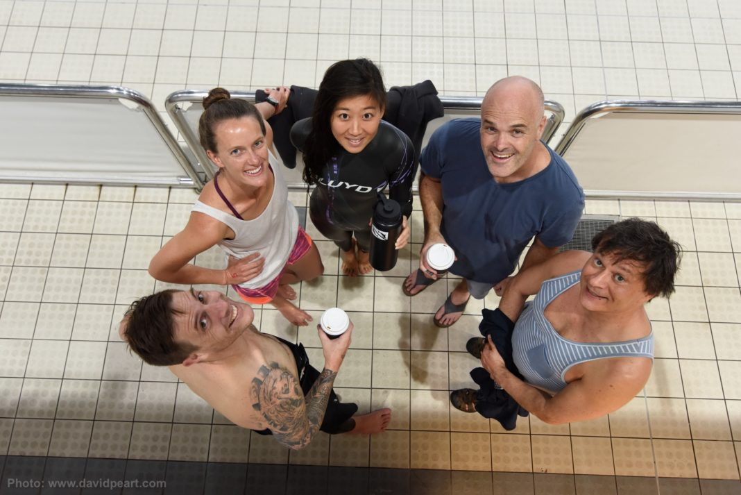 Post dive coffee time, (L - R) Lewis Jones NZ, Jaquelin Dent USA, Jessea LU CH, Leigh Woolley Aus & Frederic Maire Aus
