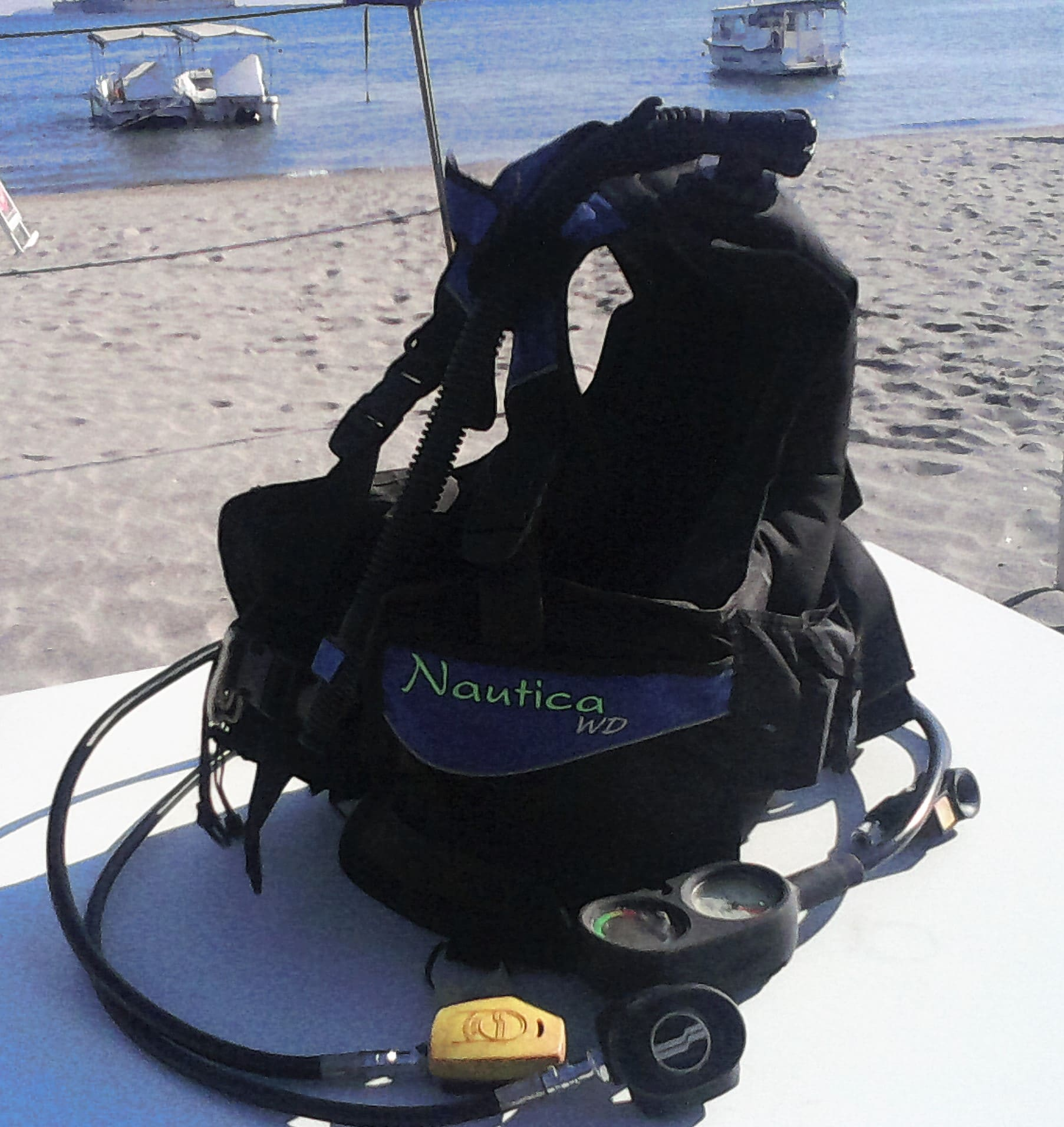 An original item of my scuba kit, this BCD is about 18 years old and has 500 dives.