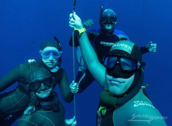 Underwater Group Photo - Brandon Hendrickson