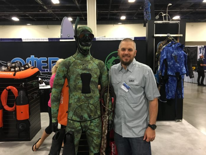 Omersub Shows Off New Spearfishing Wetsuit With HECS Technology At Blue Wild Expo