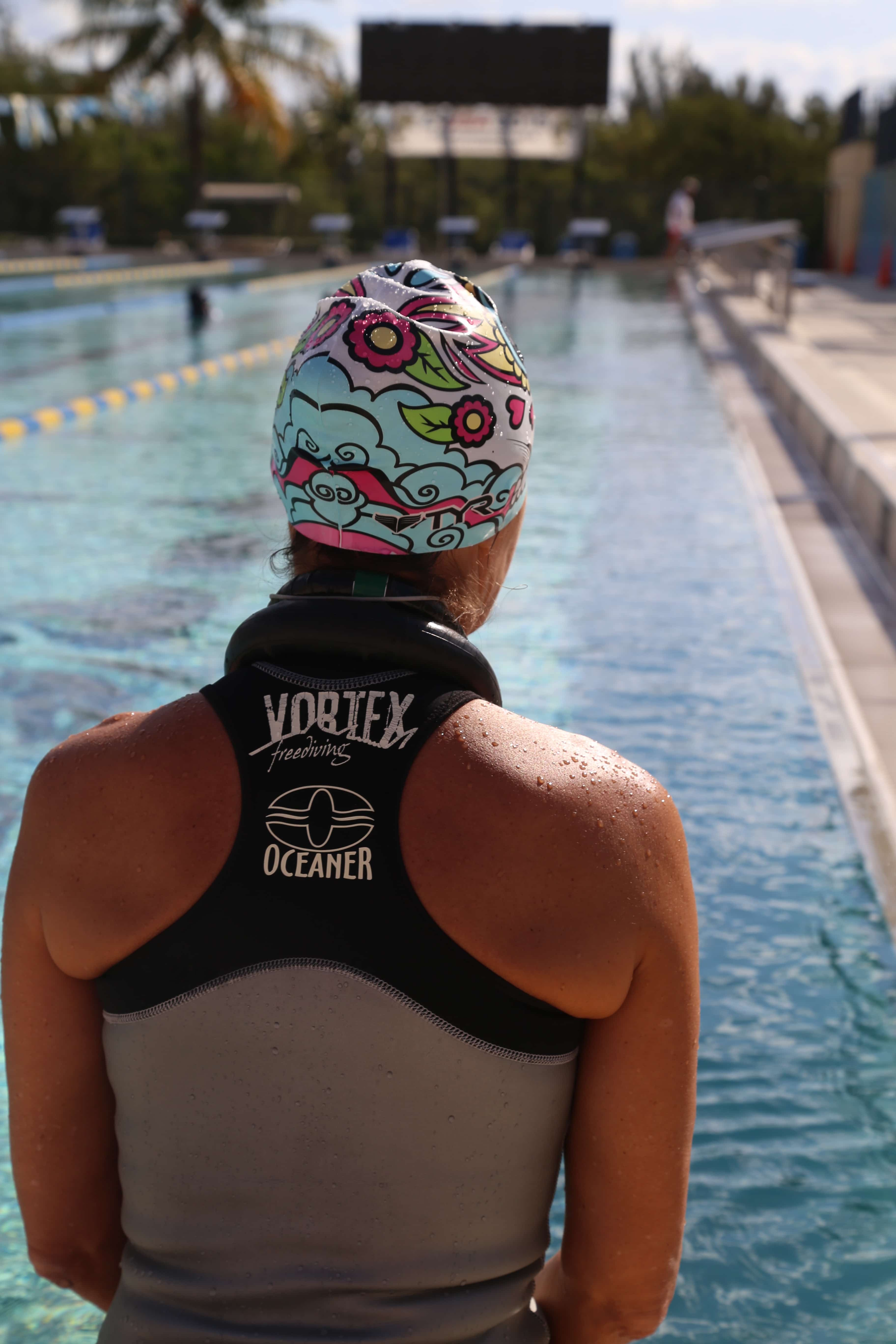 Claire Paris prepares for a personal best DYN swim of 150M