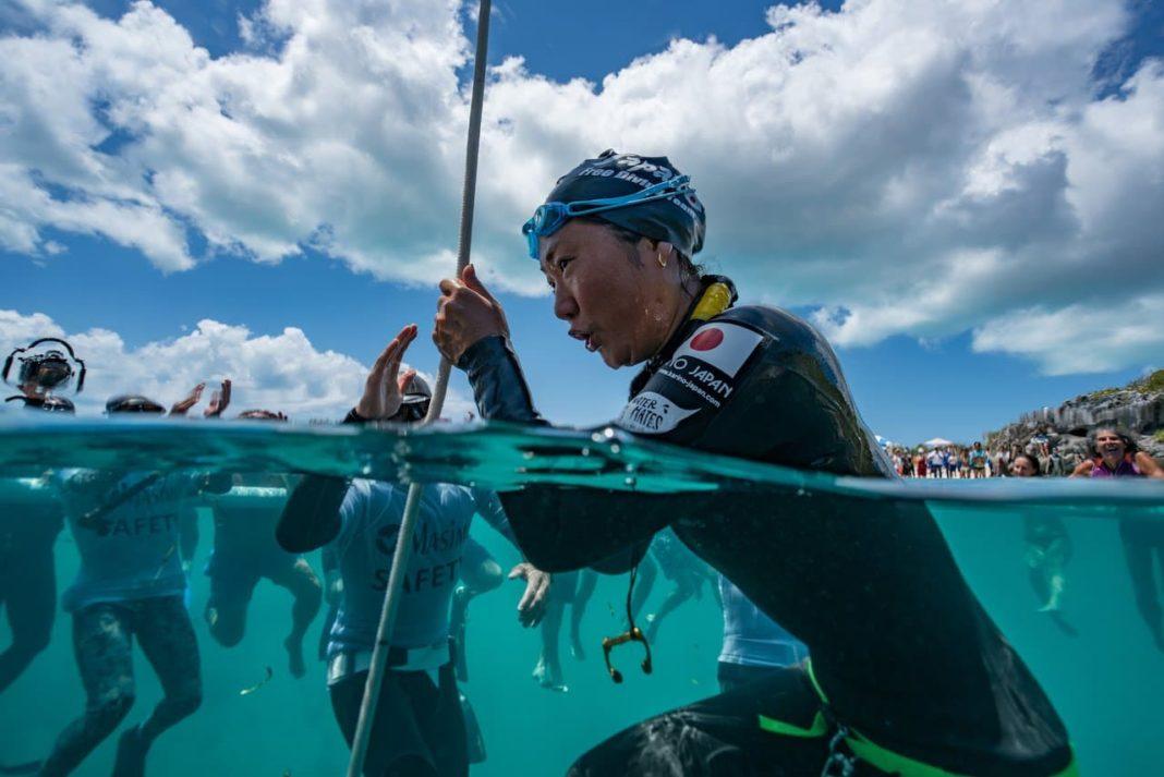 Video: Watch Sayuri Kinoshita Set Her 72m World Record At #VB2016 1