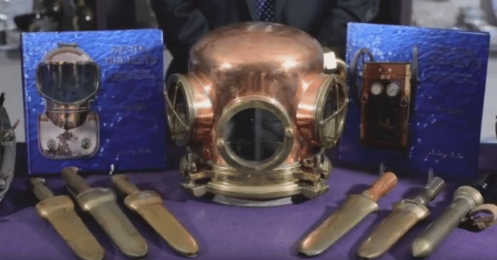 Bearnes Hampton & Littlewood auctions off Pardoe dive helmet collection.