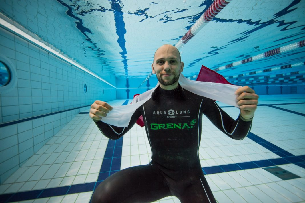 AIDA 2016 Freediving World Pool Championships – Mateusz Malina 244m Dynamic No-Fins (DNF) World Record