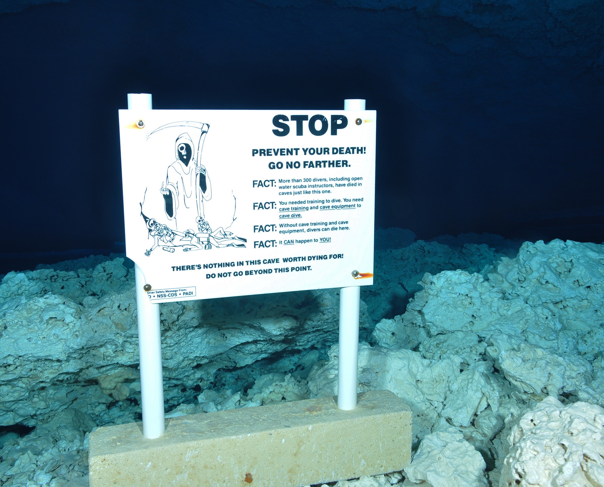 Cave Entrance Warning sign in Cenote cavern