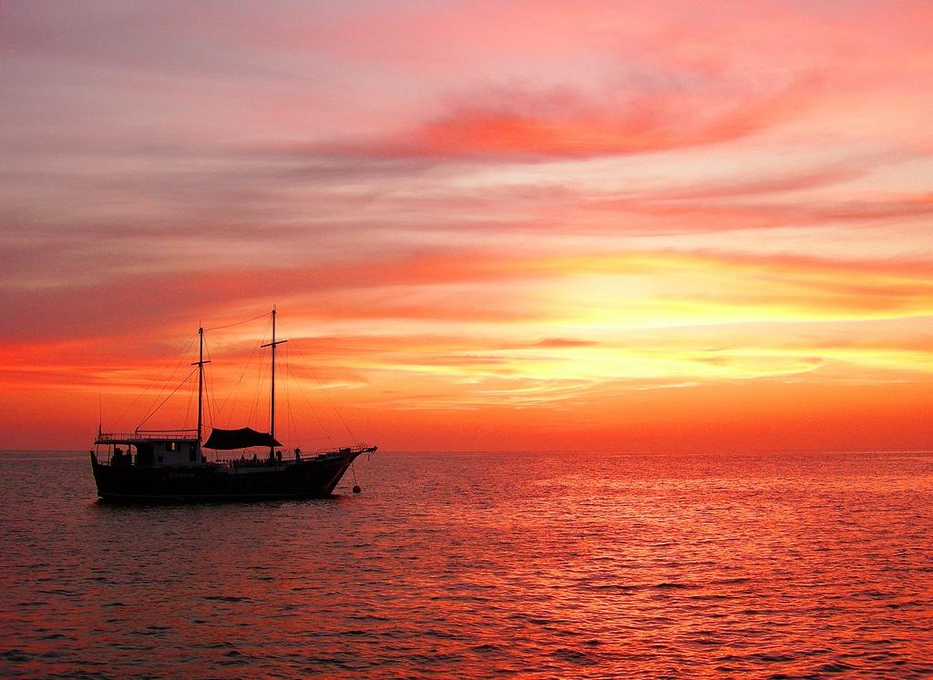 liveaboard Similan Islands Andaman Sea-Thailand Photograph by dachalan