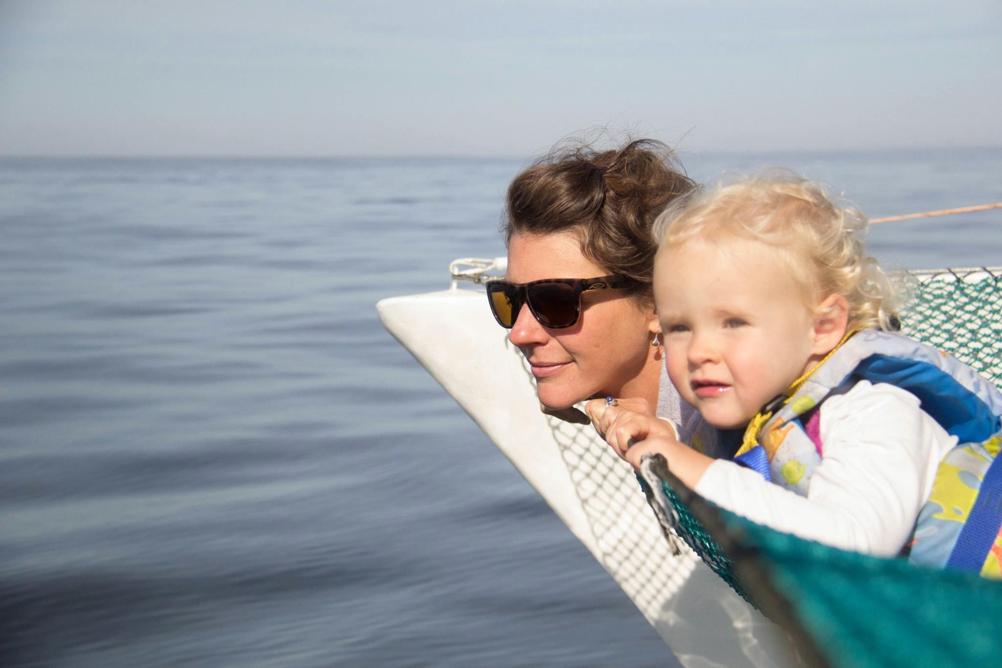 Sirens of the sea, Ashley & Ani (photo courtesy of Ren Chapman)
