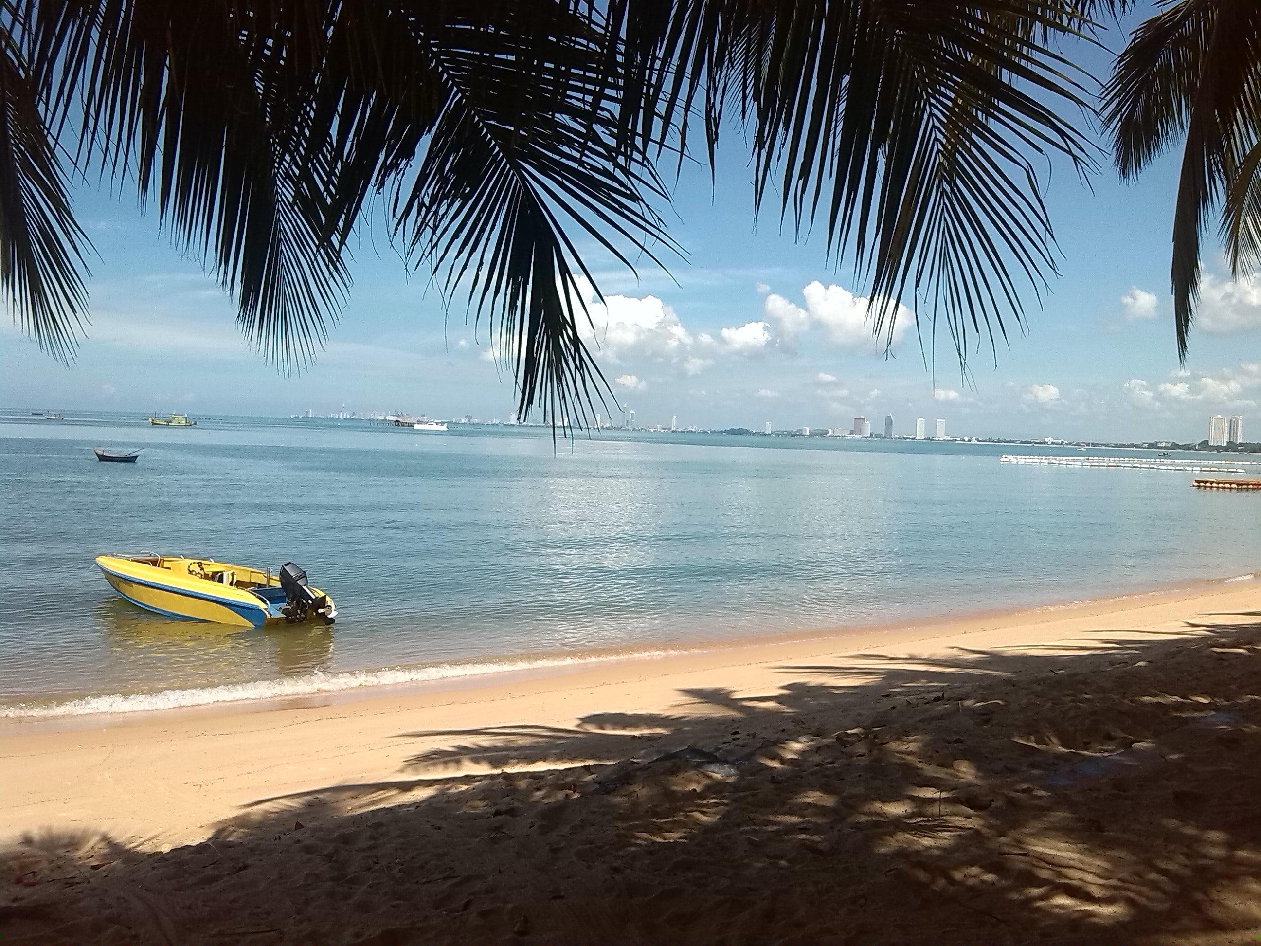 bang saray beach chonb - HD2592×1944