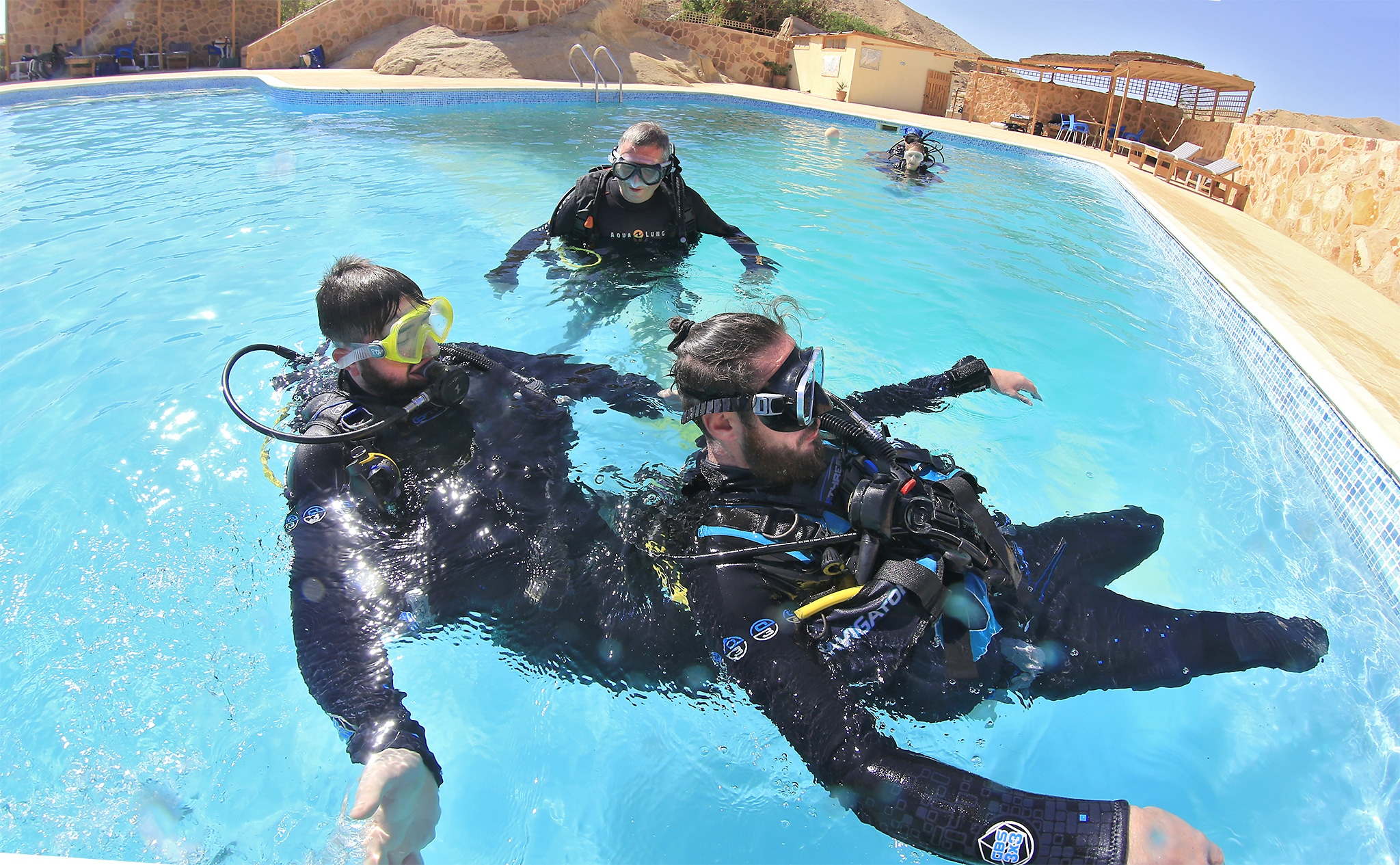 the physics of scuba diving Get this from a library the physics of scuba diving [marlow anderson] -- while exploring the wonders of scuba diving, this educational account teaches the scientific and mathematical principles associated with the sport.