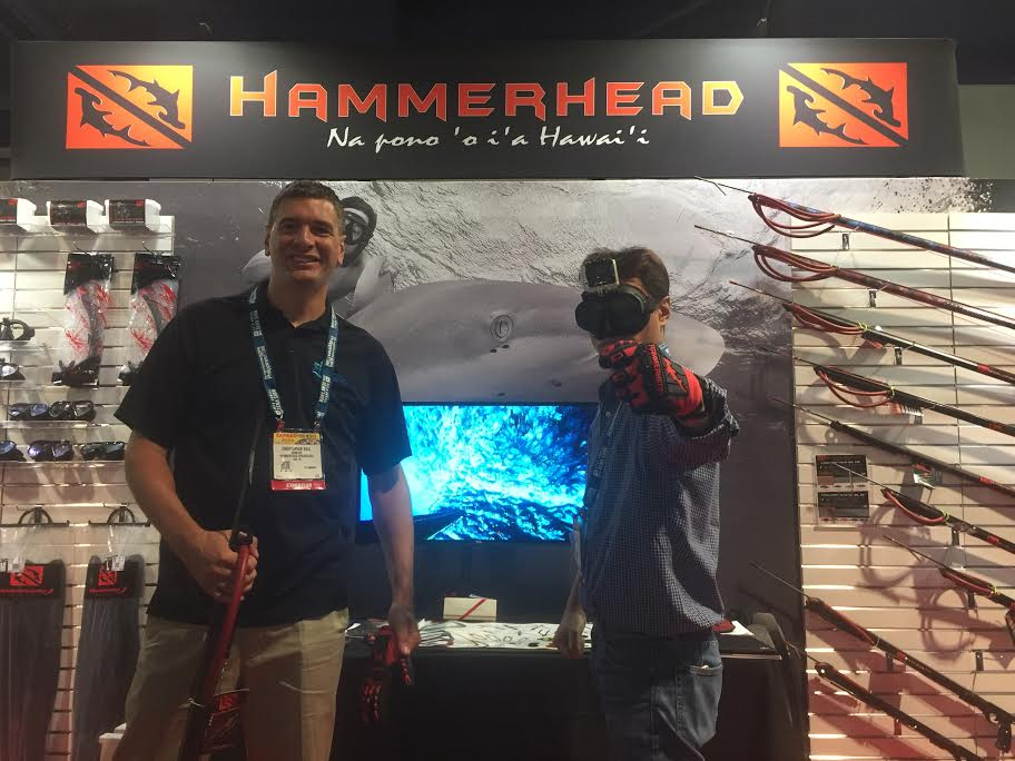 Hammerhead Spearguns Showcases New Dive Mask, Gloves At DEMA Show 2016