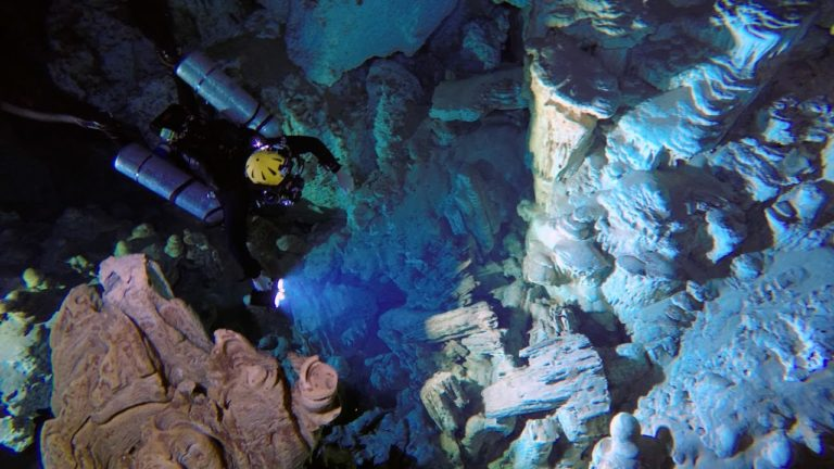 Video: Trailer – Searching The Maya Underworld: Quest for the Earth's Biggest Cave