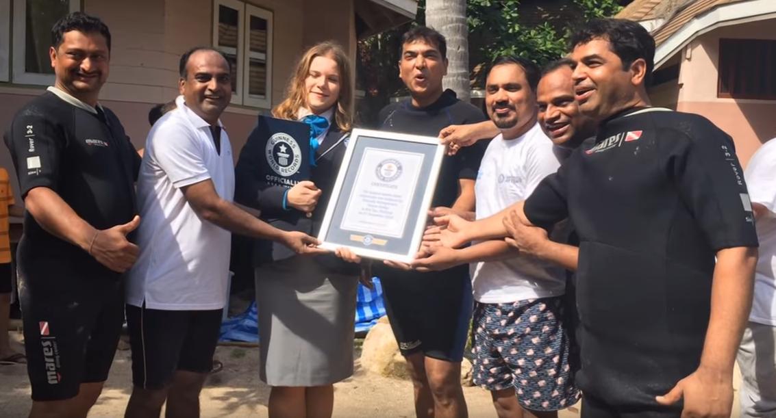Divers Break Guinness World Record For Longest Underwater Human Chain