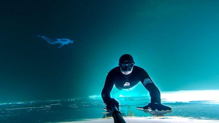 [VIDEO] Frozen Lake Free Dive