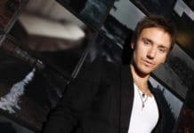 Close up Rob Stewart in Paris, France on March 25, 2008.