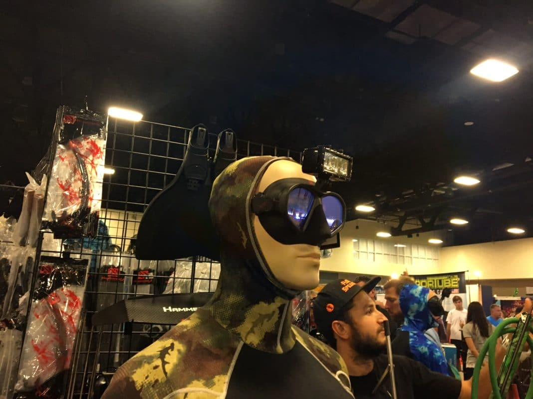 Hammerhead Spearguns' New Dive Mask Light