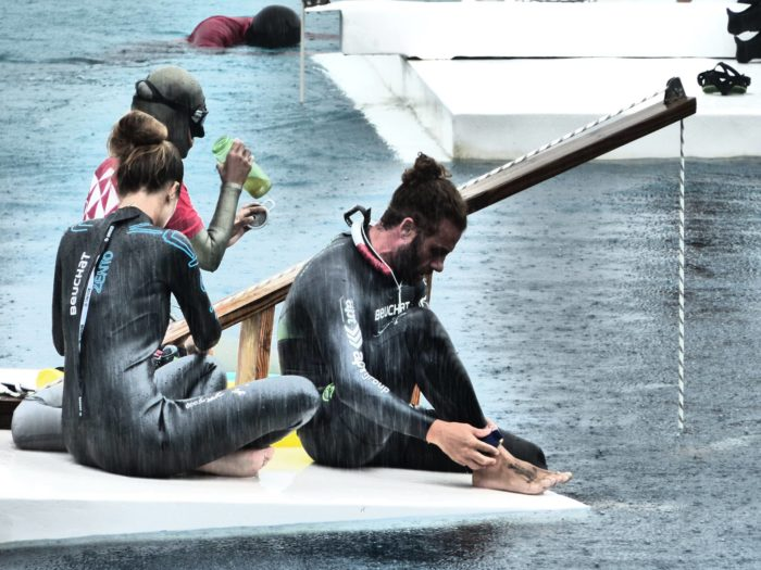 Neither the wind nor the rain would deter Homar from his dive (photo © Ruben Quido)