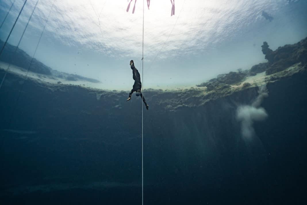 The master of no-fins in his element (photo © Daan Verhoeven)