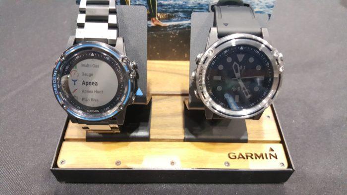 Garmin Descent Mk1 computer in Gray Sapphire and Silver Sapphire