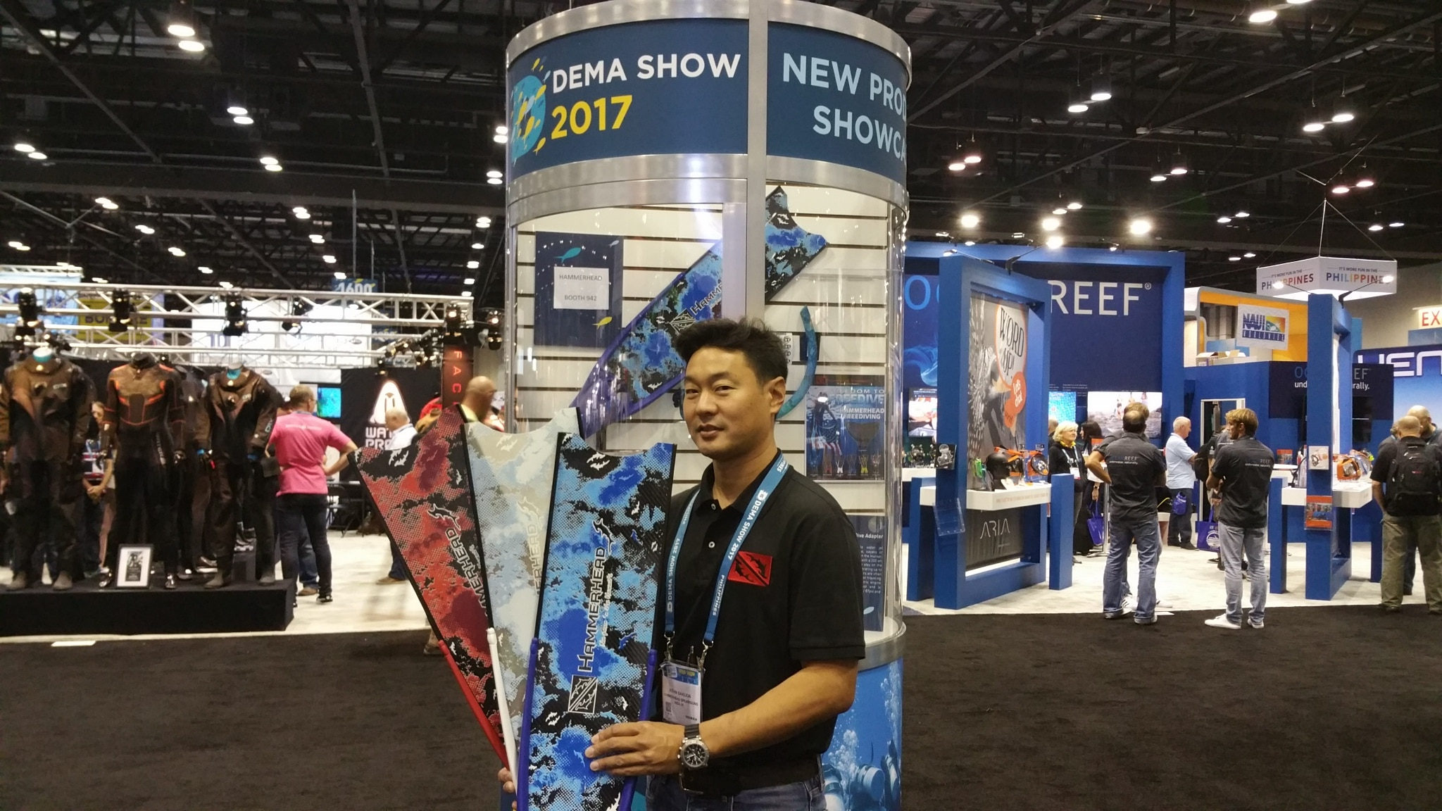 Kevin Sakuda displays Hammerhead's new colorful fins