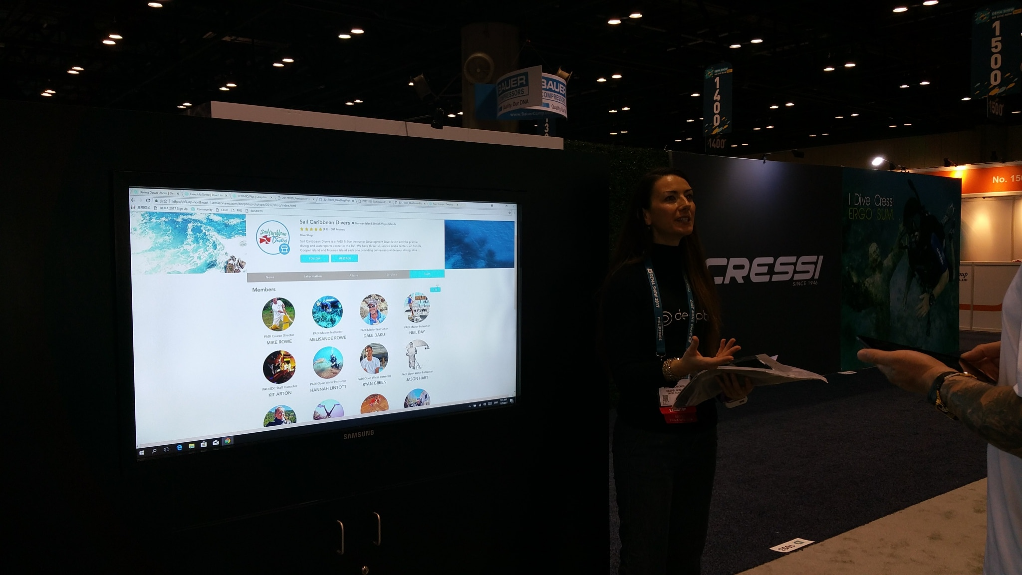 Interacting with the Deepblu platform in real time at DEMA 2017
