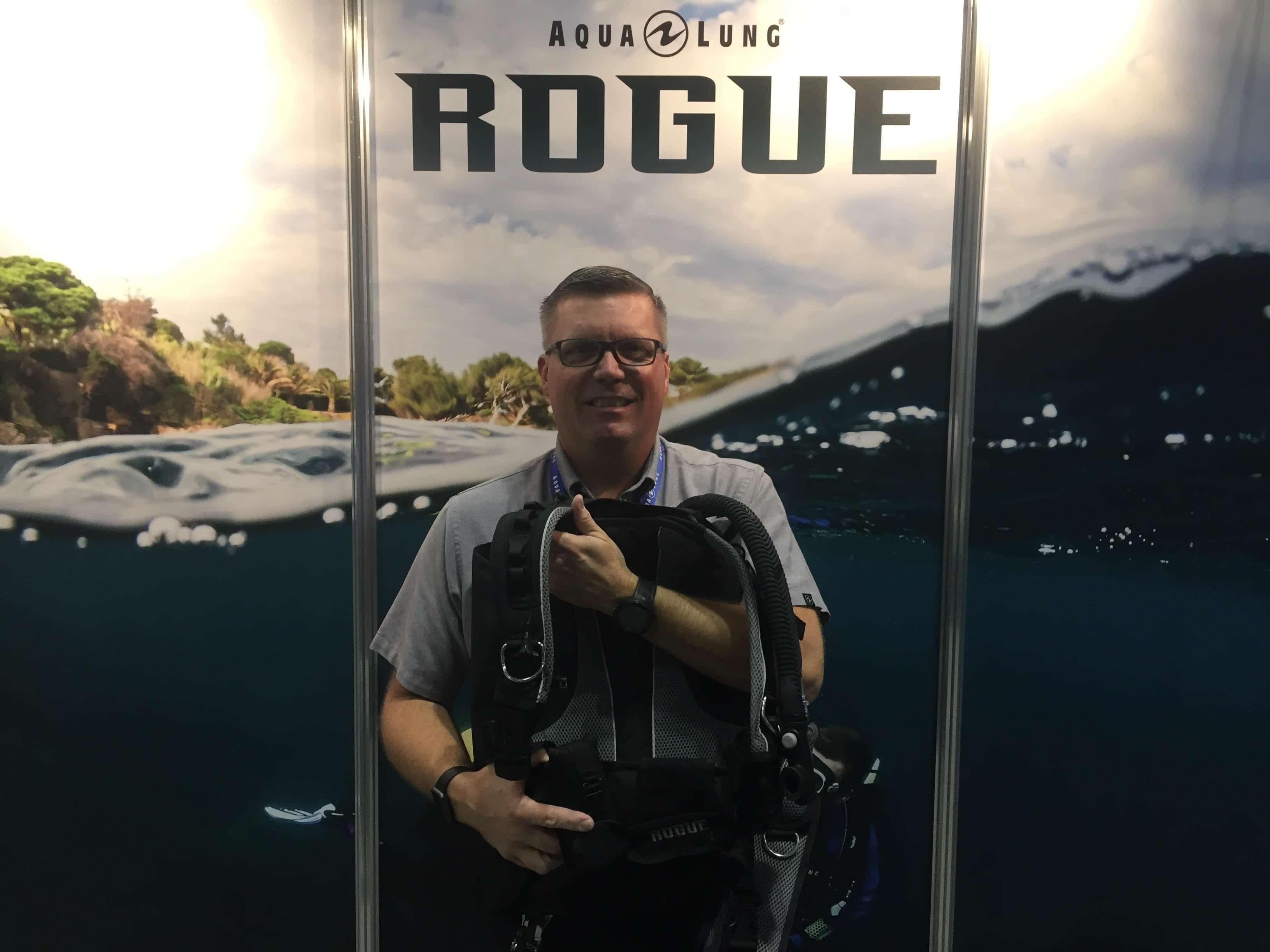 Aqualung Introduces New Rogue Modular BCD