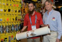 Marine Sports Mfg Showcases New 'Lion Tamer' Lionfish Containment Tube