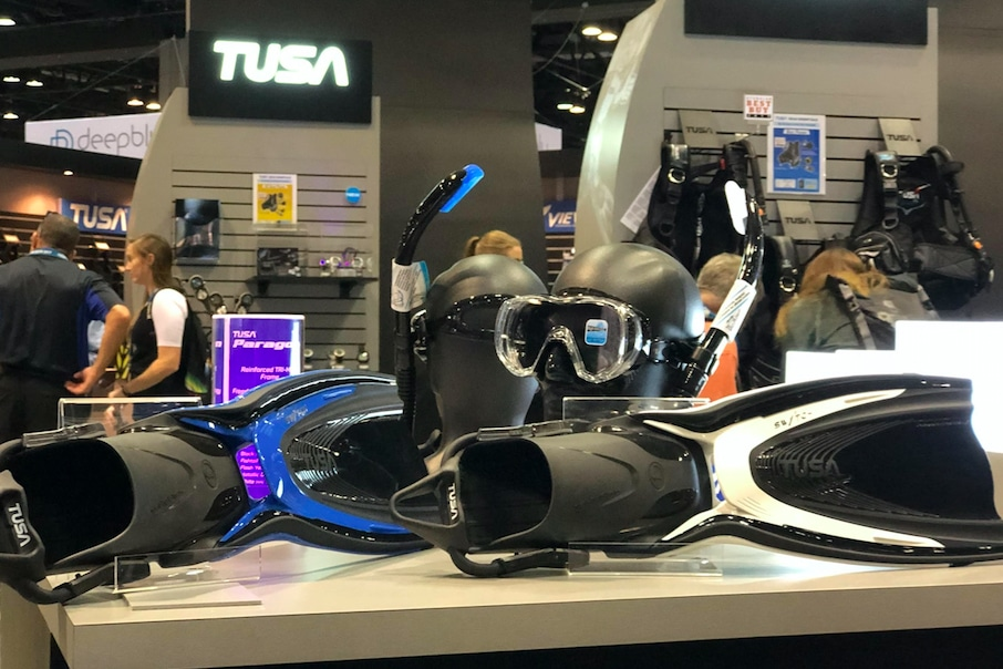 TUSA Debuts New Switch Fin At DEMA Show 2017