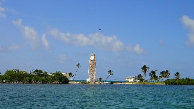 Turneffe atoll lighthouse caye