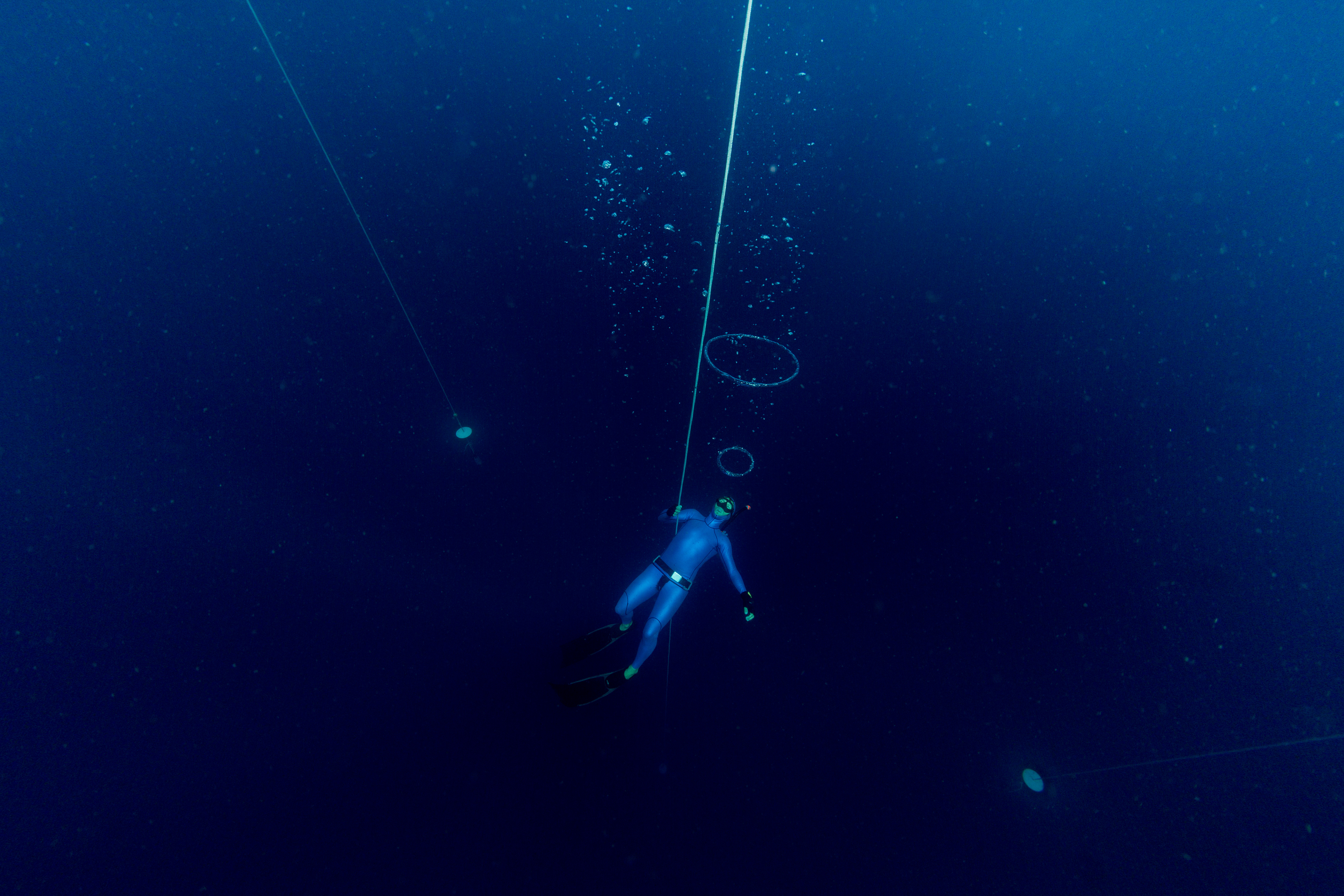 How Dangerous Is Freediving? – DeeperBlue com
