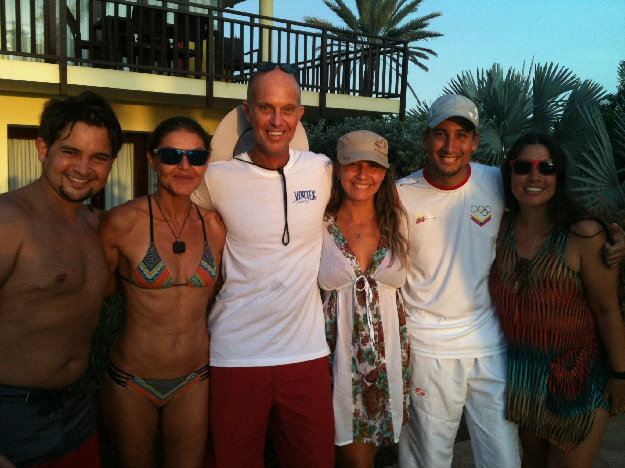 Athletes at Deja Blue IV in Curaçao (Luis Arismendi, Claire Paris, Ricardo Paris, Carolina Osuna, Antonio Del Duca and the author)
