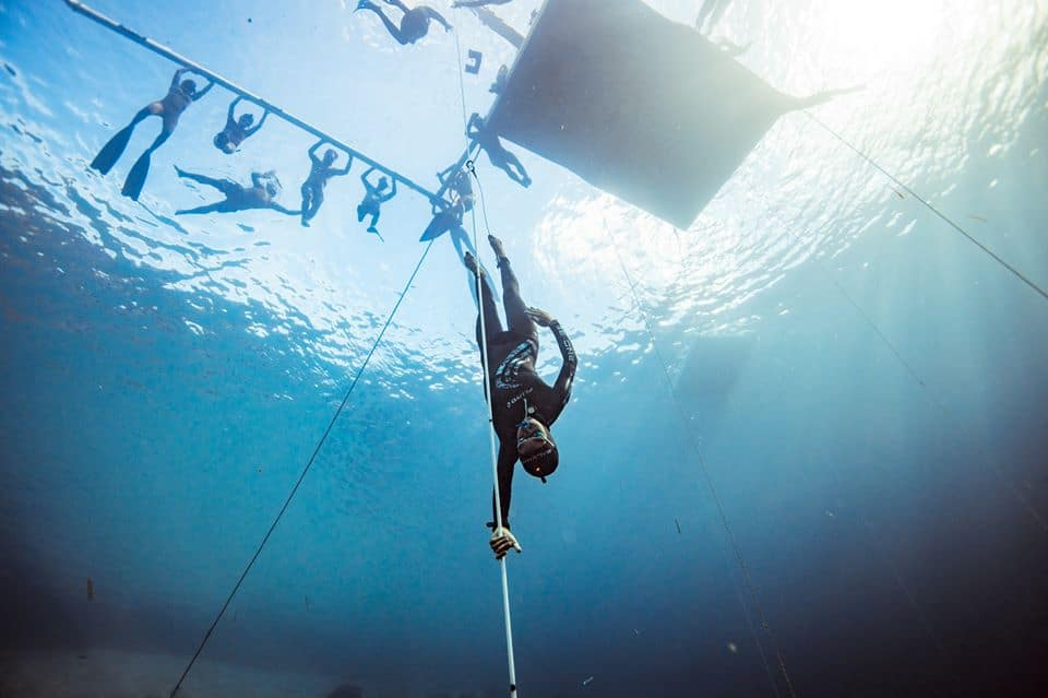 Hanako Hirose Breaks Constant Weight World Record In Breathtaking Dive At OriginECN Vertical Blue 1