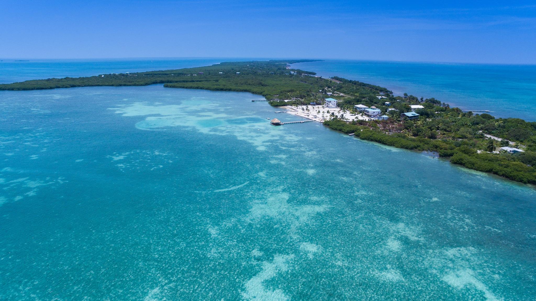 Caye Caulker Belize Barrier Reef by Falco Ermert