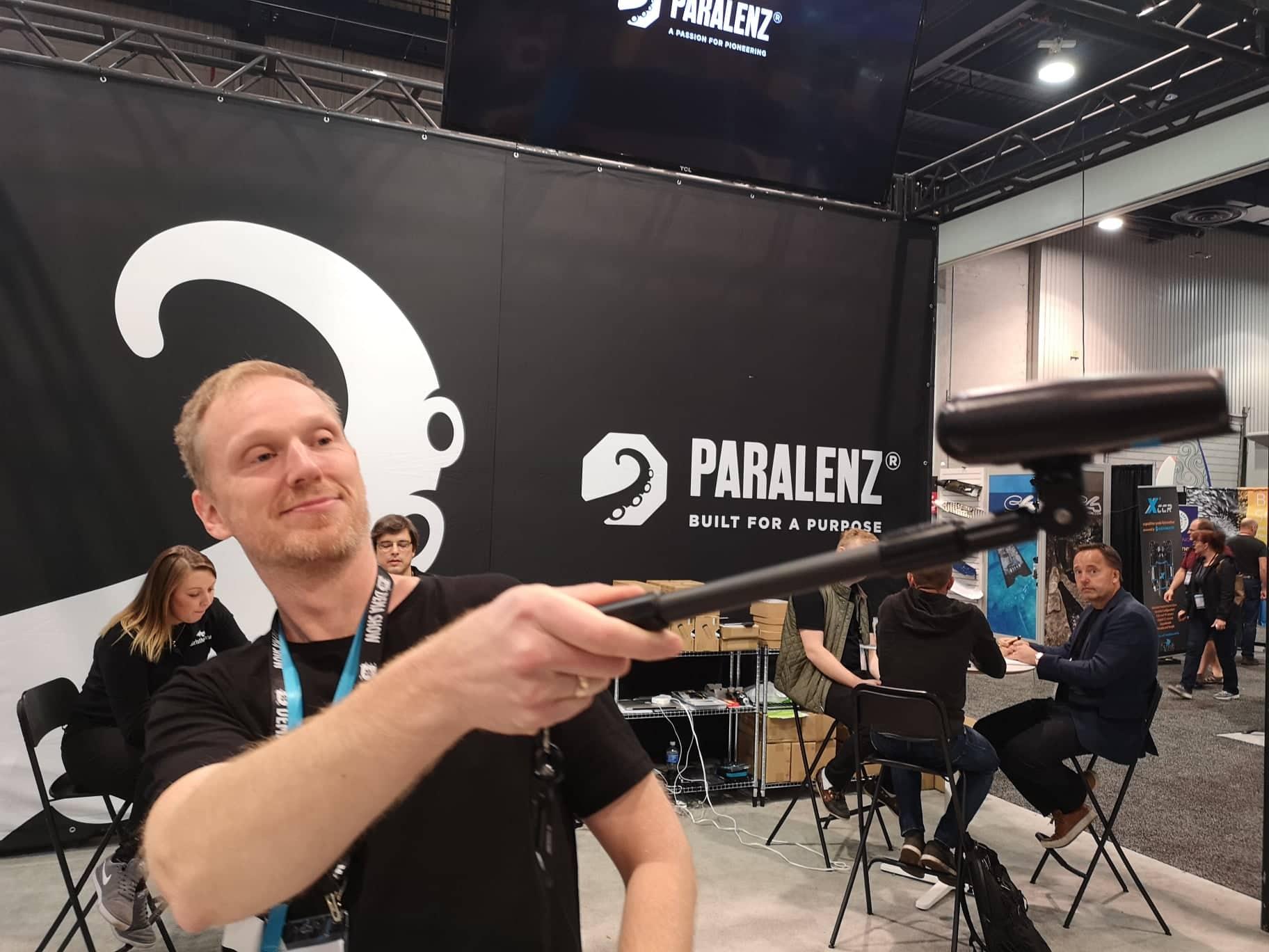 Paralenz selfie stick