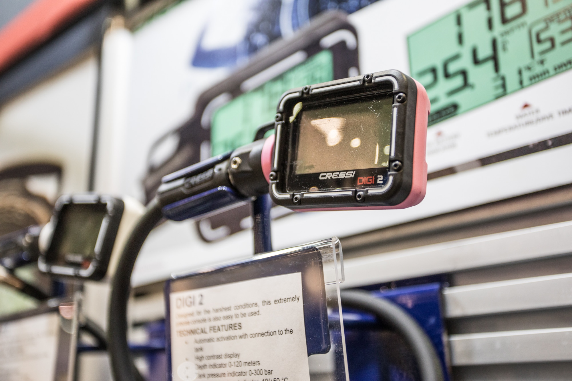 Cressi launched its new digital pressure gauge at Dema Show 2018 (photo by Alex St. Jean)